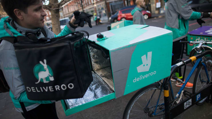 Amazon approved to buy 16% stake in UK food delivery company Deliveroo
