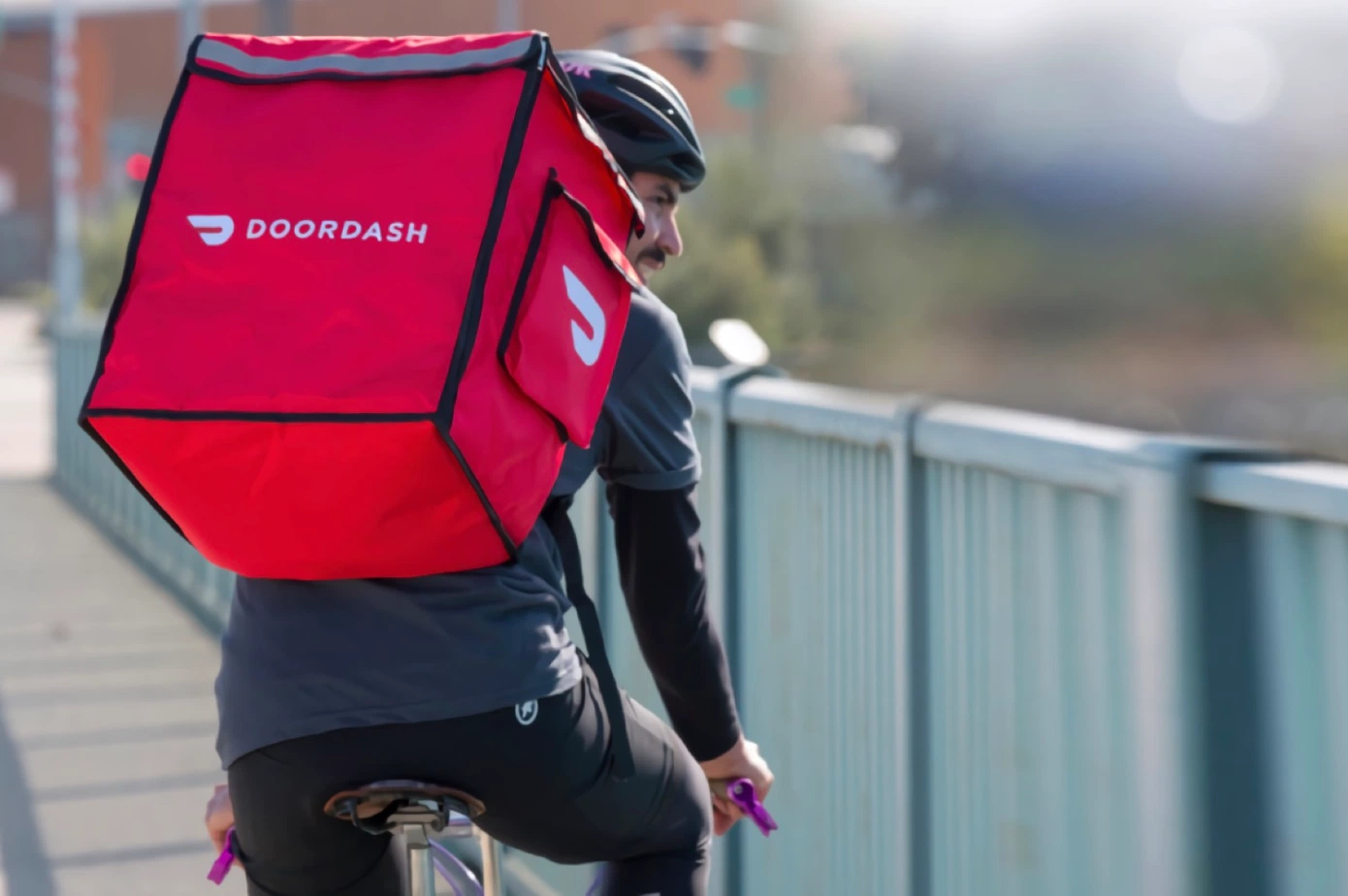 DoorDash expands with on-demand grocery delivery