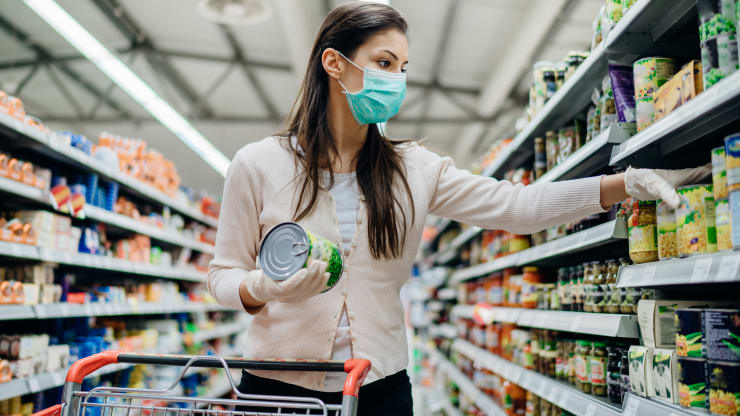 Pandemic motivates grocery chains to experiment with new tech