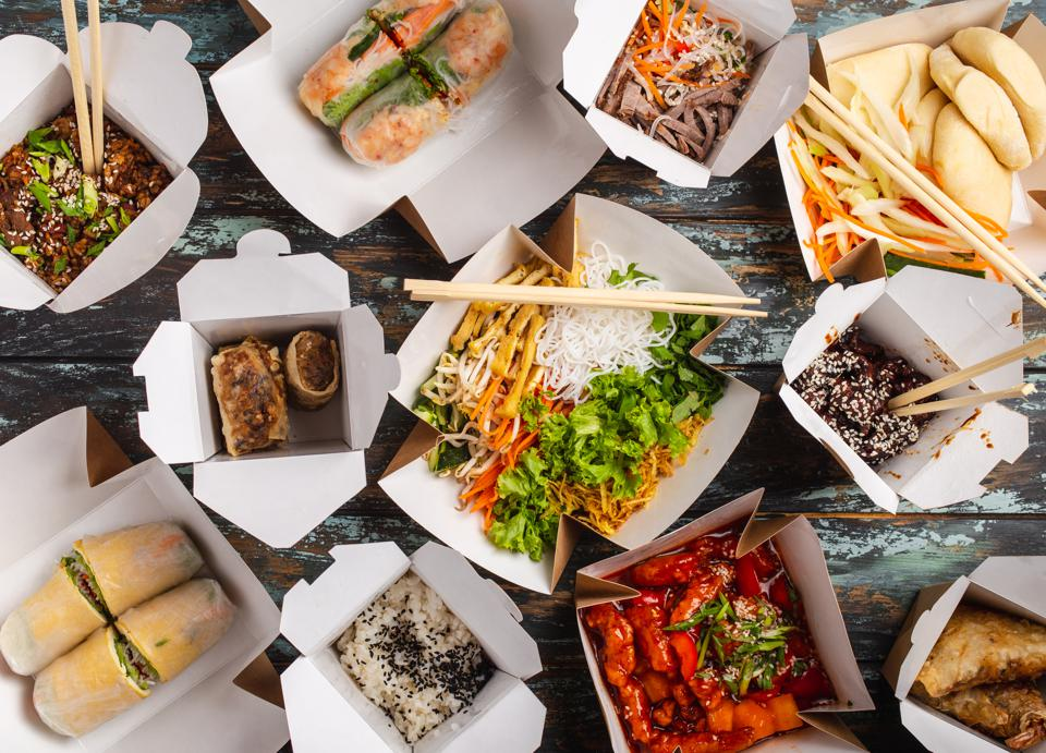 Lyft partners with GrubHub for upgraded restaurant takeout