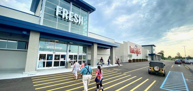 240-store Midwest grocer Meijer signs up with Instacart to provide delivery service